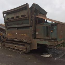 Power Screen On Tracks